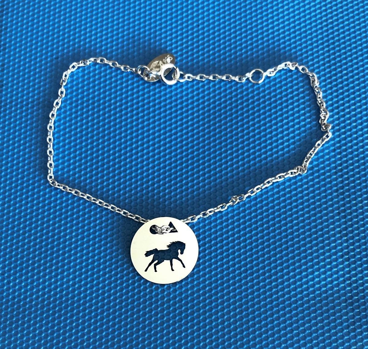 Cheval sauvage brac chaine f bleu