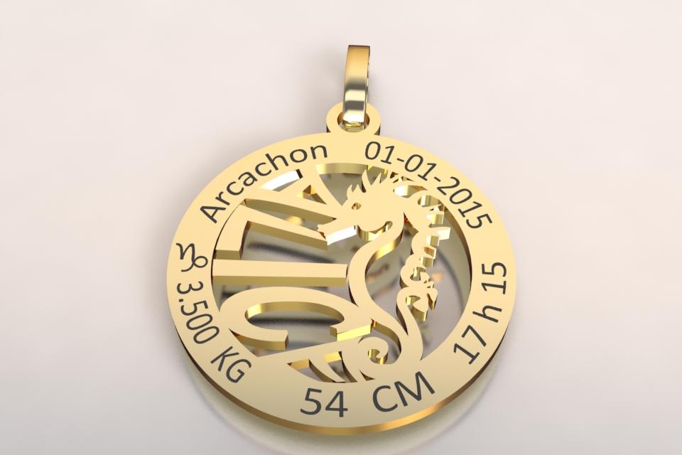 La medaille de naissance motif hippocampe jaune