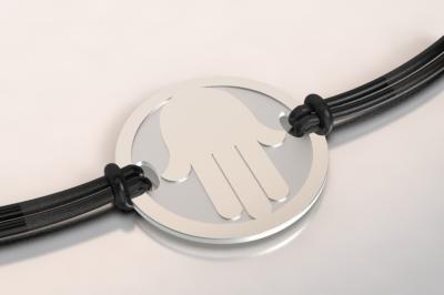 bracelet main argent et acier