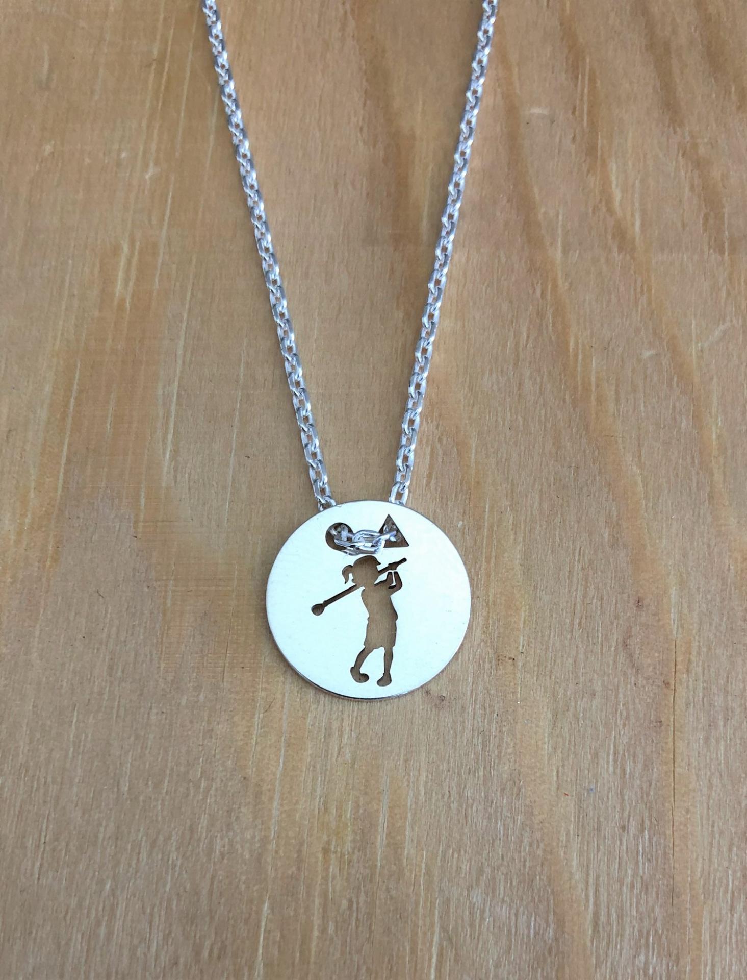 Petite golfeuse pend 1