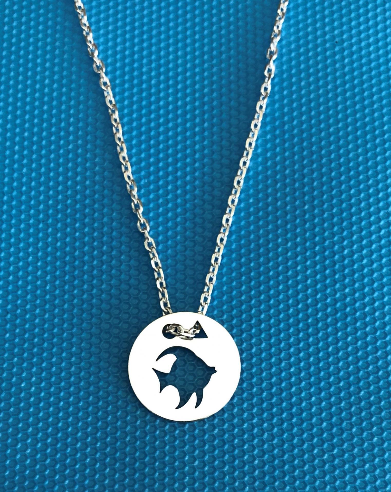 Poisson pend bleu